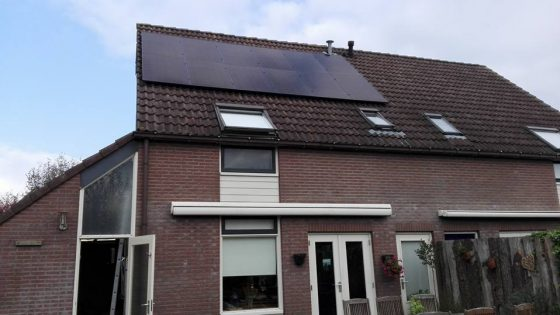 Westerbork, LG Solar 320 Wp 2black high end panelen